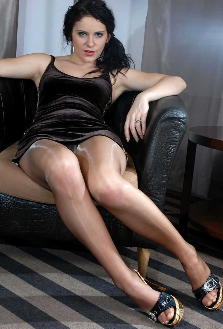 femdom ballbusting pictures