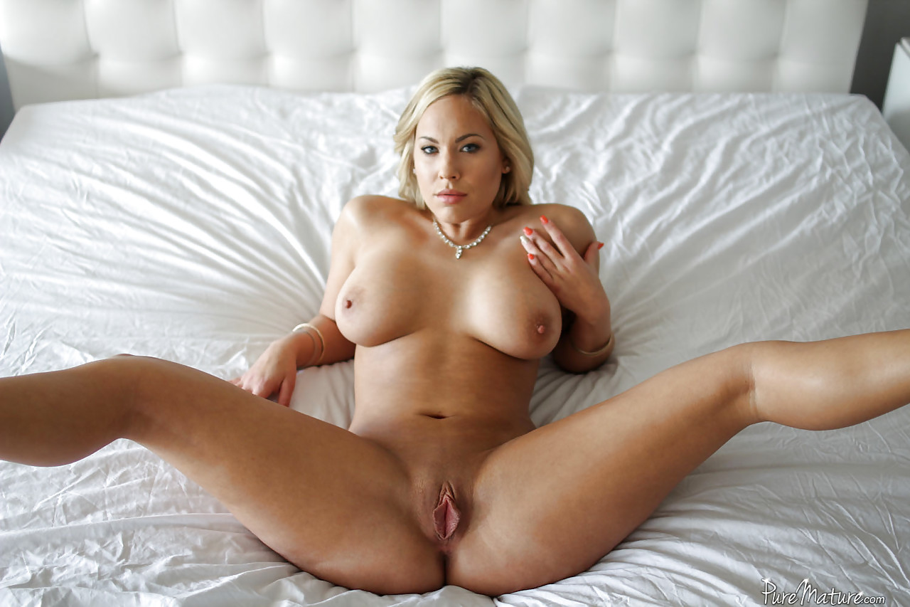 nude moments in american pie